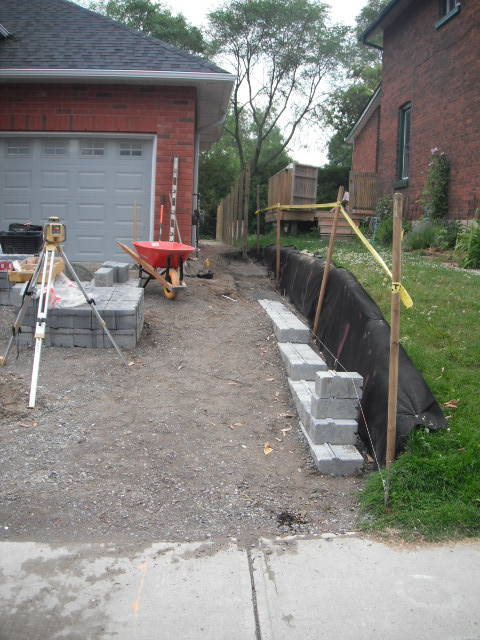 Pisa 2 Retaining Wall First Courses