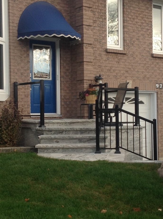 Flagstone steps with aluminum railings