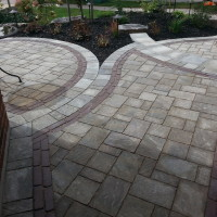 Interlock - Permacon Trafalgar/Unilock Copthorne Pavers