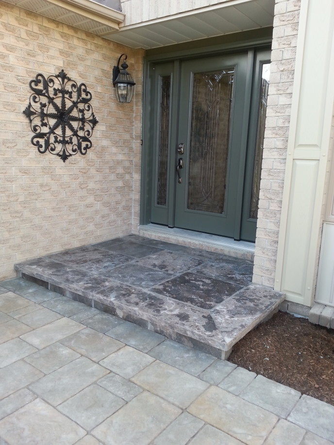Natural stone coping & square cut flagstone